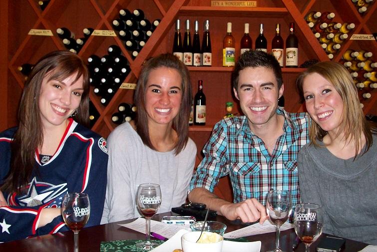Wyandotte Winery Happy Hour