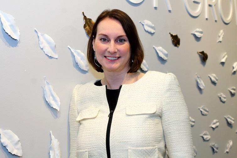 Elissa Schneider
